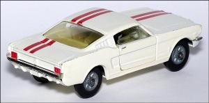 Прикрепленное изображение: Ford_Mustang_Fastback_2_2_Corgi_Toys_325___2_small.jpg