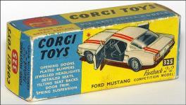 Прикрепленное изображение: Ford_Mustang_Fastback_2_2_Corgi_Toys_325___3_small.jpg