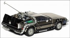 Прикрепленное изображение: DeLorean_Back_To_The_Future_Part_1___Vitesse___2_small.jpg