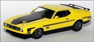 Прикрепленное изображение: 1971_Ford_Mustang_Mach_1___Minichamps___400_087120___1_small.jpg