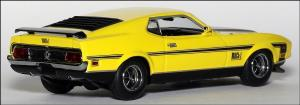 Прикрепленное изображение: 1971_Ford_Mustang_Mach_1___Minichamps___400_087120___4_small.jpg