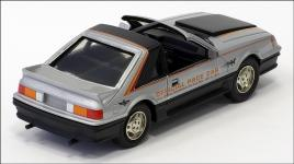Прикрепленное изображение: 1979_Ford_Mustang_Indianapolis_500_Pace_Car___Tin_Wizard_TfC___TW623_1___2_small.jpg