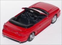 Прикрепленное изображение: 1994_Ford_Mustang_GT_Cabriolet___Minichamps___430_085632___4_small.jpg