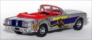 Прикрепленное изображение: 1964_Ford_Mustang_Convertible_Bud_Light_Rodeo___Matchbox___DYM37619___2_small.jpg