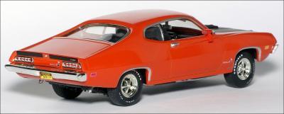 Прикрепленное изображение: 1970_Ford_Torino_Cobra___ERTL___2_small.jpg