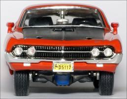 Прикрепленное изображение: 1970_Ford_Torino_Cobra___ERTL___5_small.jpg