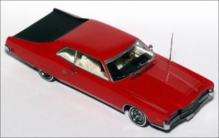 Прикрепленное изображение: 1969_Mercury_Marauder_HardTop_Coupe___Minichamps___400_082121___4_small.jpg