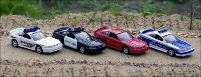Прикрепленное изображение: Ford_Mustang_Police_Cars___Road_Champs_small.jpg