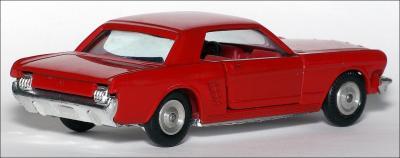 Прикрепленное изображение: Ford_Mustang_Coupe___Sabra___8106___2_small.jpg