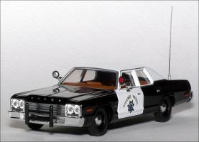 Прикрепленное изображение: 1974_Dodge_Monaco_California_Highway_Patrol___Corgi___US06005___1_small.jpg