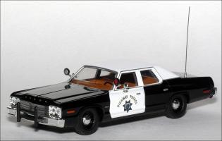 Прикрепленное изображение: 1974_Dodge_Monaco_California_Highway_Patrol___Corgi___US06005___2_small.jpg