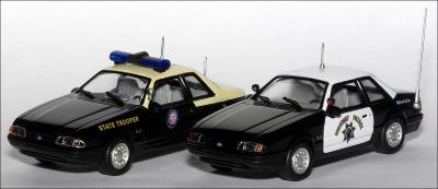 Прикрепленное изображение: 1991_Ford_Mustang_California_Highway_Patrol___White_Rose_Collectibles___DEDGM99107WAK___4_small.jpg
