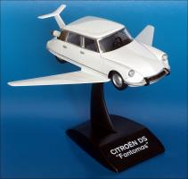 Прикрепленное изображение: 1965_Citroen_DS_Fantomas___Provence_Moulage___PM0033___2_small.jpg