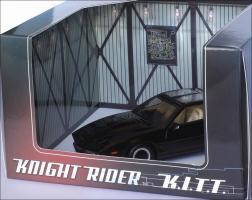 Прикрепленное изображение: 1982_Pontiac_Firebird_Trans_Am_K.I.T.T.___Aoshima___DISM79621___7_small.jpg