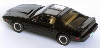 Прикрепленное изображение: 1982_Pontiac_Firebird_Trans_Am_K.I.T.T.___Aoshima___DISM79621___4_small.jpg
