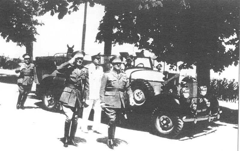 Прикрепленное изображение: francoenlagranja1948medium1as.jpg