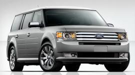 Прикрепленное изображение: 2009_Ford_Flex_silver.jpg