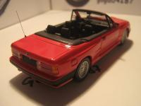 Прикрепленное изображение: BMW_M3__30__Cabrio_1988____.jpg