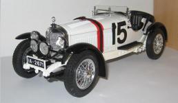Прикрепленное изображение: Mercedes_Benz_SSKL_1931__Burago_.jpg