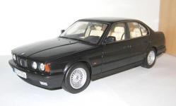 Прикрепленное изображение: BMW_535_i_5_Series_E34_1988_1995__Minichamps_.jpg
