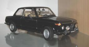 Прикрепленное изображение: BMW_2002_tii_AutoArt.jpg