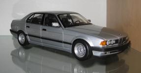 Прикрепленное изображение: BMW_730i_Minichamps.jpg
