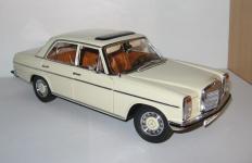 Прикрепленное изображение: Mercedes_Benz_W115_Strich_8_Sunstar..jpg