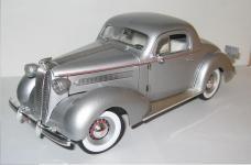 Прикрепленное изображение: Pontiac_DeLuxe_1936_Signature.jpg