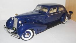 Прикрепленное изображение: Cadillac_V16_Aerodynamic_coupe_1934__Ricko_.jpg