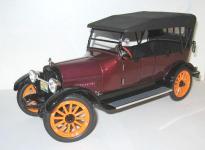 Прикрепленное изображение: Reo_Touring_1917__Signature_.jpg