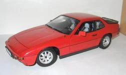 Прикрепленное изображение: Porsche_924_1985__Minichamps_.jpg