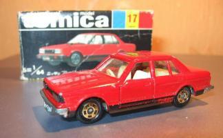 Прикрепленное изображение: Nissan_Bluebird_Turbo_Tomica.JPG