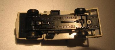 Прикрепленное изображение: Nissan_Diesel_Condor_Tomica__1_.JPG