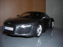 Прикрепленное изображение: Audi_R8_Kyosho__1_.JPG