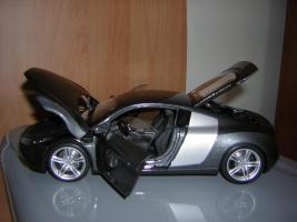 Прикрепленное изображение: Audi_R8_Kyosho__9_.JPG