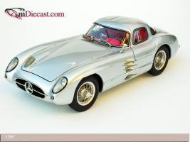 Прикрепленное изображение: 1955_Mercedes_Benz_300_SLR_Uhlenhaut_Coupe__CMC.jpg