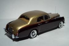 Прикрепленное изображение: 1960_Bentley_S2_Continental_Flying_Spur_6.jpg
