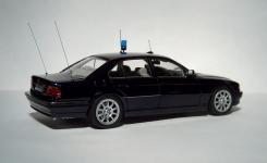 Прикрепленное изображение: BMW_7_740_____9.jpg