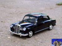 Прикрепленное изображение: Mercedes_Benz_180_1956_0_0.jpg