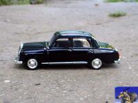 Прикрепленное изображение: Mercedes_Benz_180_1956_0_1.jpg