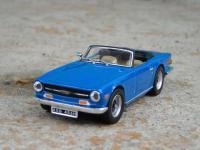 Прикрепленное изображение: Triumph_TR6_1969_0_2.jpg
