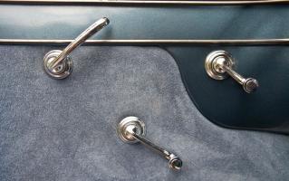 Прикрепленное изображение: 1949CadillacSeries62_door_interior.jpg
