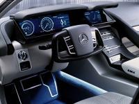 Прикрепленное изображение: Mercedes_Benz_F500___002.jpg