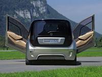 Прикрепленное изображение: Mercedes_Benz_F600___003.jpg