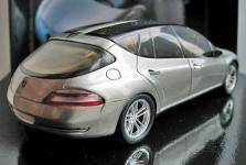 Прикрепленное изображение: Mercedes_F500_002.jpg