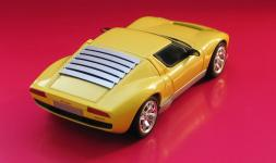 Прикрепленное изображение: Lamborghini_Miura_02.jpg