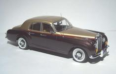 Прикрепленное изображение: 1960_Bentley_S2_Continental_Flying_Spur_4.jpg