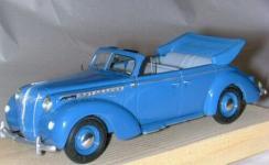 Прикрепленное изображение: Opel_Admiral_Cabrio_blau_1.jpg