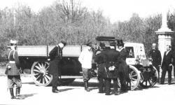 Прикрепленное изображение: Daimler_Loutzky_1902.2.jpg
