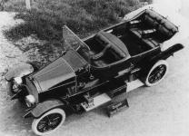Прикрепленное изображение: Mercedes_16_40_Knight_1911_Phaeton_1.jpg